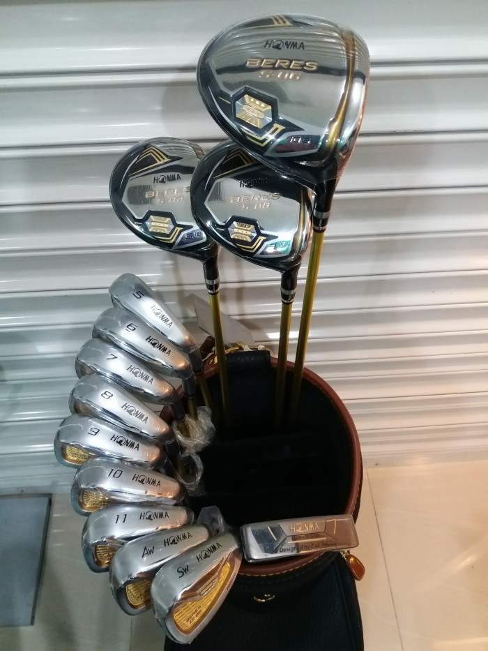 Bộ gậy golf Honma 3 sao S-06 chính hãng