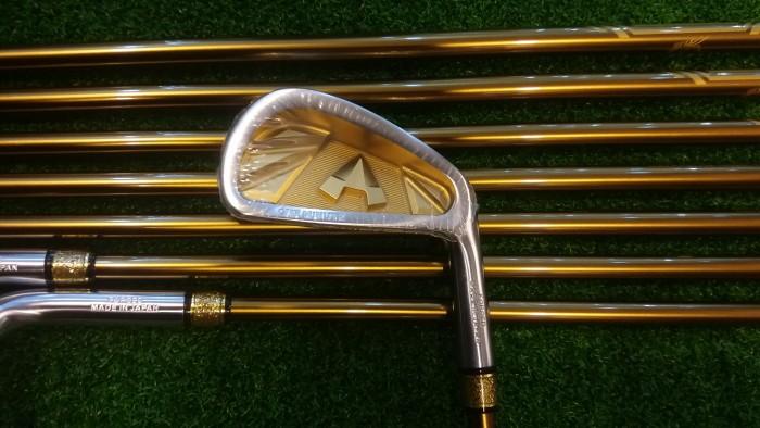 Bộ Gậy Golf Grand-Prix Gold Thương Hiệu số 1 tại Nhật3