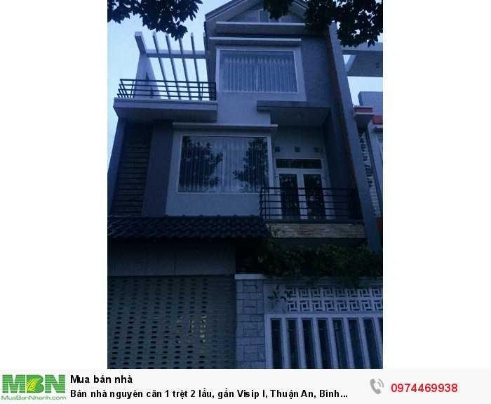 Bán nhà nguyên căn 1 trệt 2 lầu, gần Visip I, Thuận An, Bình Dương