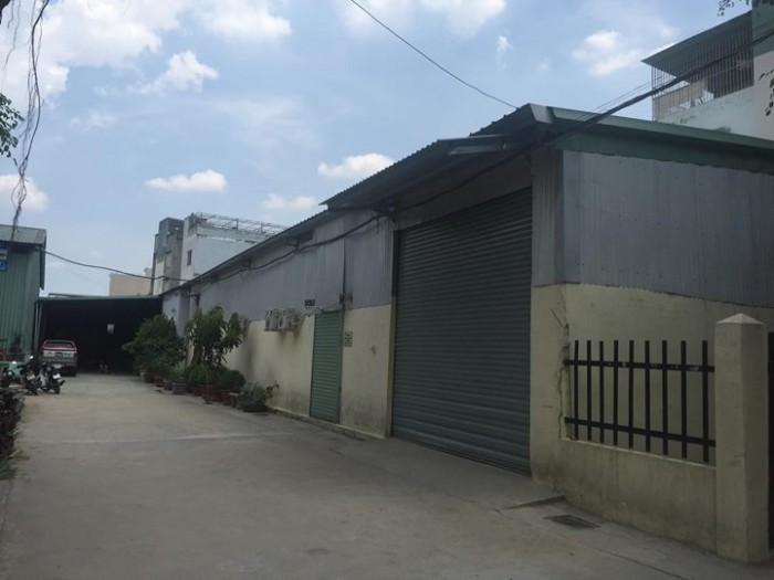 Cho thuê kho xưởng 270m2 MT 15m đường container có điện 3 pha tại Gia Lâm