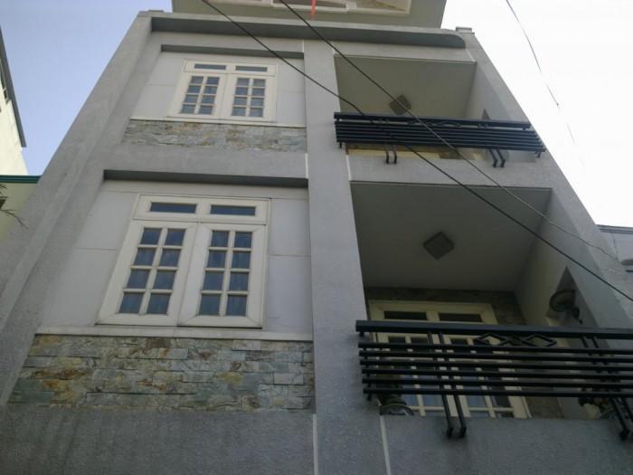 Cần bán rất gấp căn nhà trên đường Phan Đình Phùng