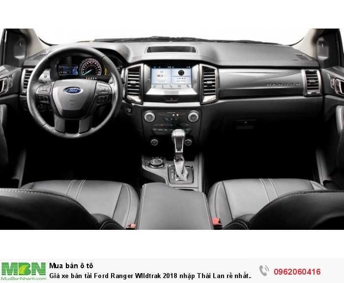 Giá xe bán tải Ford Ranger WIldtrak 2018 nhập Thái Lan rẻ nhất giao xe nhanh.