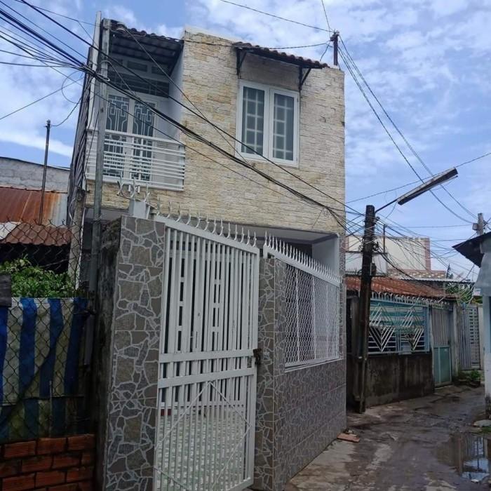 Nhà 1 trệt 1 lầu hẻm 4 Trần Vĩnh Khiết