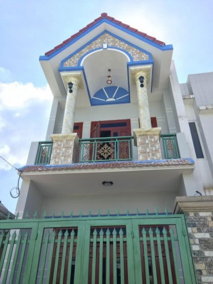 Bán nhà mặt tiền đường Bà Hom, DT 8X10m, P. 13