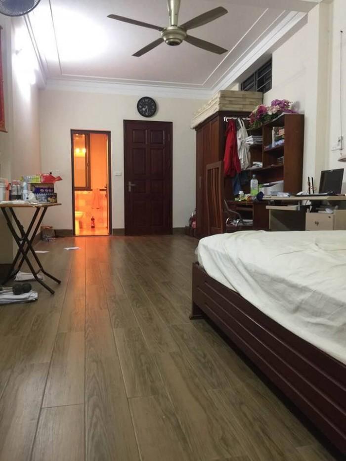Bán nhà riêng tại Hoàng Hoa Thám DT 43m2, 5 Tầng, Nở hậu.