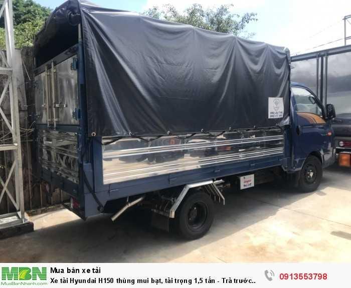 Khuyến mãi mua xe tải Hyundai H150 thùng mui bạt, tải trọng 1,5 tấn - Trả trước 100 triệu, giao xe ngay - Hotline: 0913553798 (24/24)
