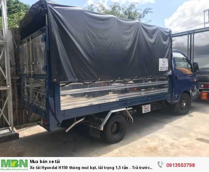 Mua xe tải Hyundai H150 thùng mui bạt, tải trọng 1,5 tấn - Trả trước 100 triệu, giao xe ngay - Hotline: 0913553798 (24/24)