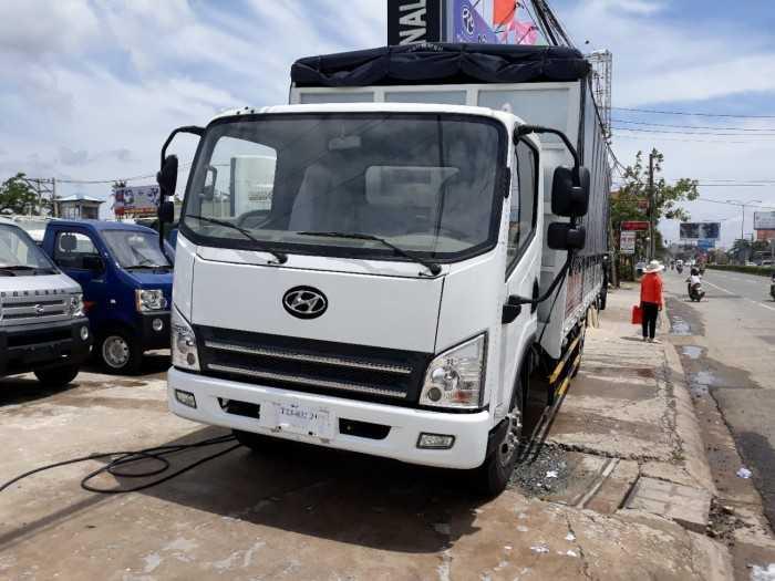 Xe Tải Faw GM 7 tấn 3 máy huyndai thùng bạt