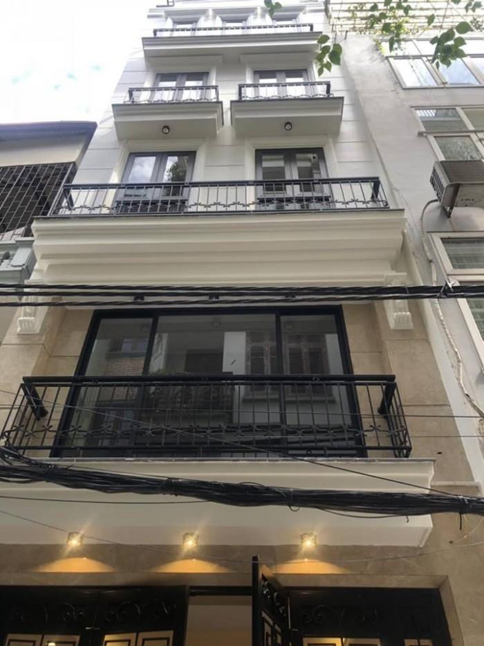 Bán Nhà Đường Võ Chí Công 52m2,  4 tầng, MT 4.5m,  Cầu Giấy, Hà Nội