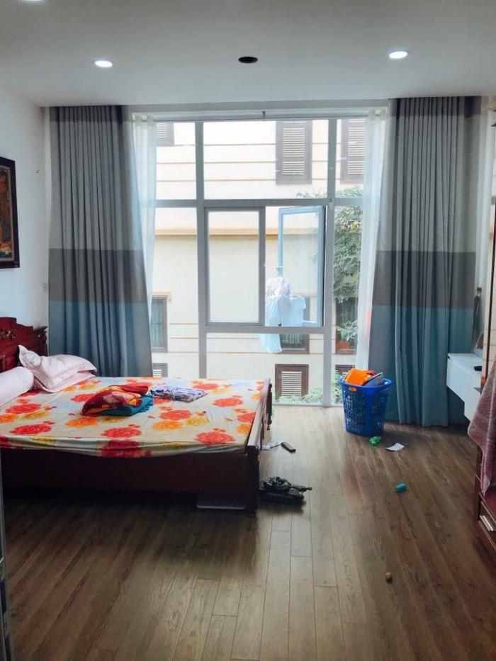 Bán GẤP Nhà Đẹp Long Lanh Phố Trương Định, 33m2*5T