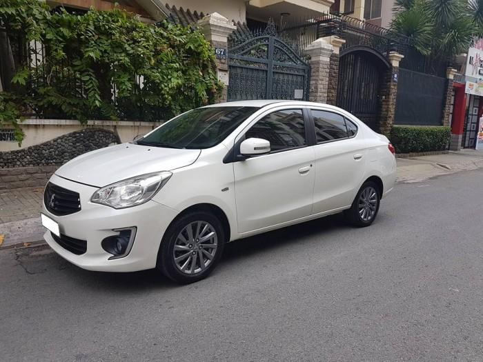 bán xe Mitsubishi Attrage 2016 số sàn màu trắng cực đẹp