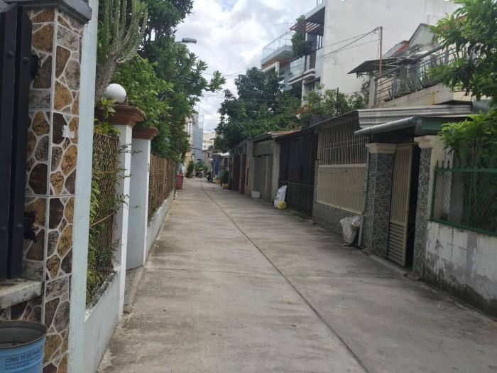 Cho thuê nhà 1 trệt 1 lầu mới,sạch đẹp, hẻm ô tô đường 12, chợ cây xoài, chỉ 7tr/tháng