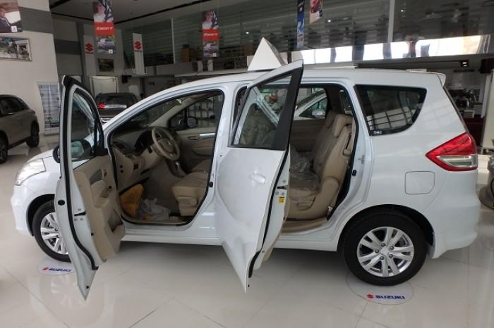 Xe Ertiga 7 chỗ nhập khẩu - Hỗ trợ trả góp 80%
