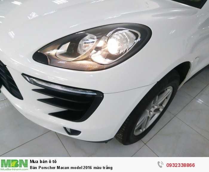 Bán Porscher Macan model 2016 màu trắng