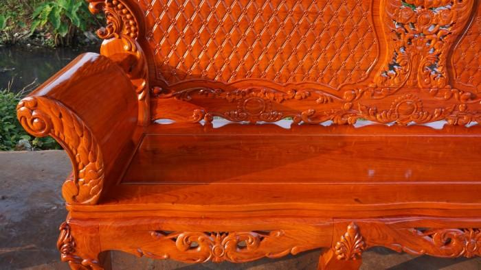 Bộ bàn ghế phòng khách kiểu hoàng gia gỗ hương đá14