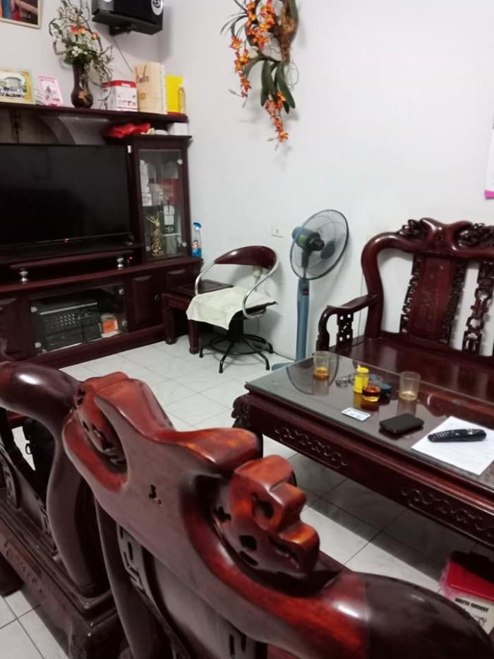 Nhà mặt phố Trần Bình 60mX4t