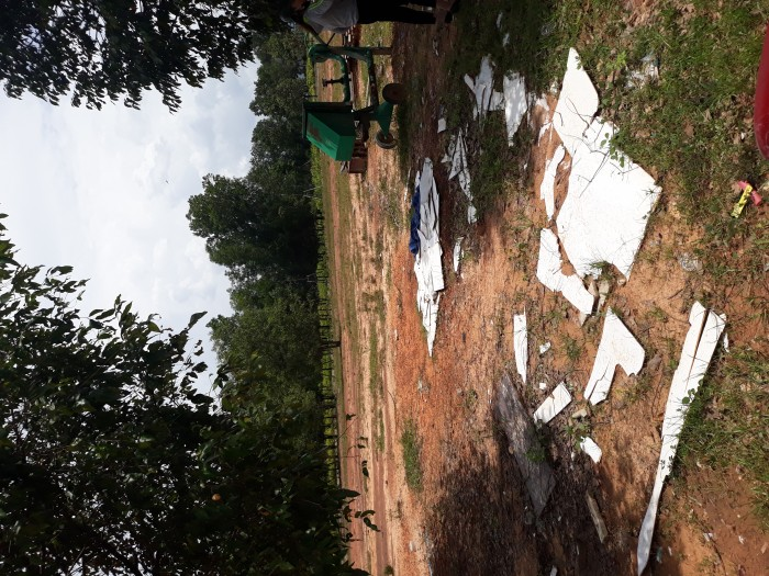 Gia đình phân chia tài sản nên bán gấp 300m2 đất thổ cư, sổ hồng riêng