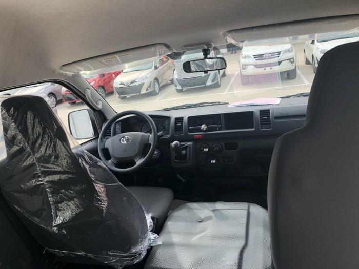 Toyota Hiace 15 Chỗ Nhập Khẩu Thái Lan Có Xe Giao Ngay 3