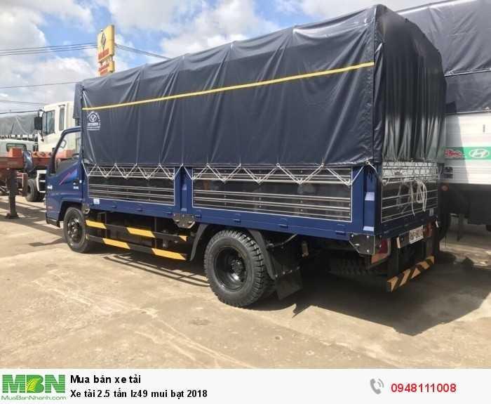 Xe tải 2 tấn rưỡi Iz49 2018