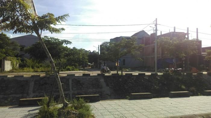 Đất kqh Bàu Vá, đường 12m, view kênh, 2 mặt thoáng