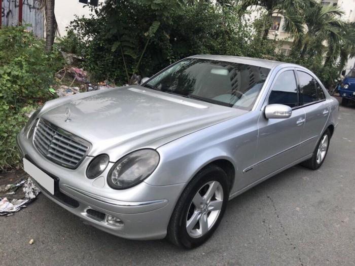 Mercedes-Benz E250 sản xuất năm 2003 Số tự động Động cơ Xăng