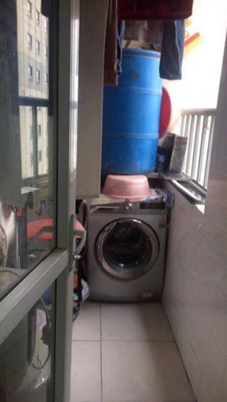 Bác mình chính chủ muốn bán căn hộ số 24 CT12B Kim Văn Kim Lũ, 60m2, 2PN, 1VS