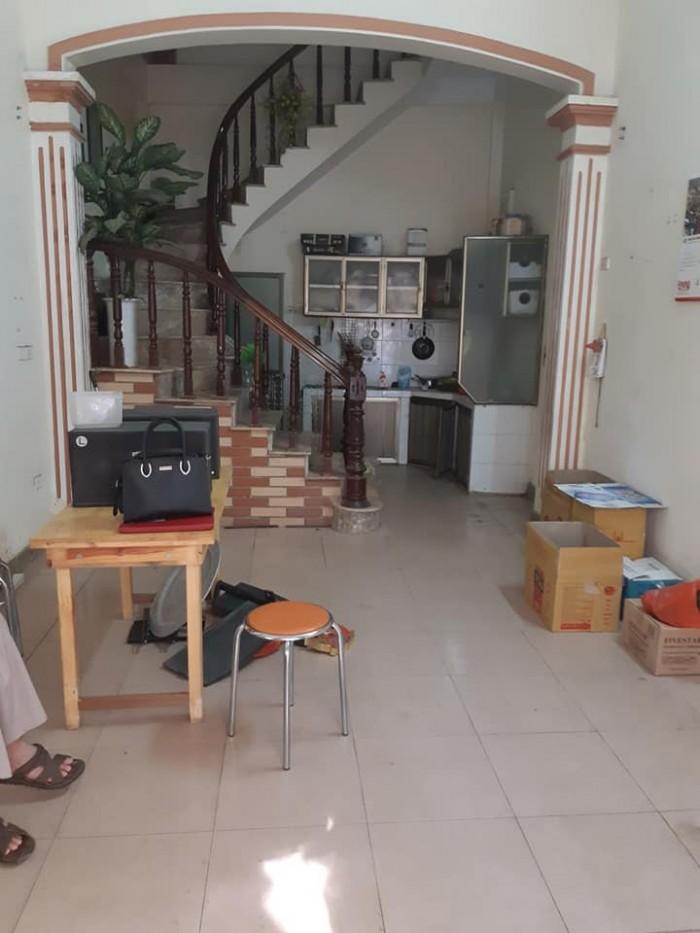 Nhà ngõ 559 Kim ngưu 32mX4t, MT 3,7m