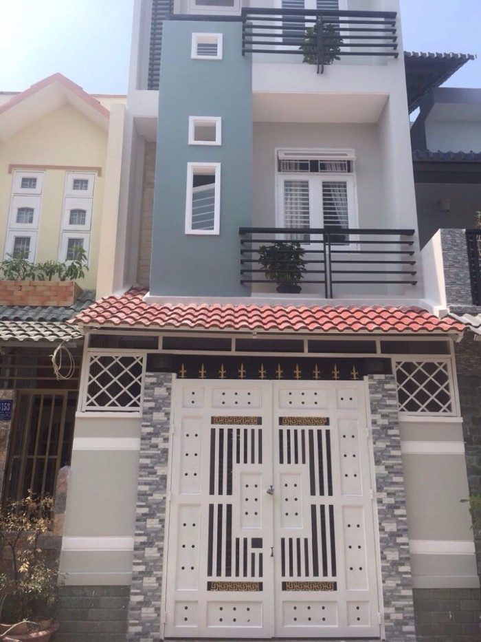 Quẹo lấy!!! Nhà 1 trệt 2 lầu, MT đường Nguyễn Ảnh Thủ, Q12.