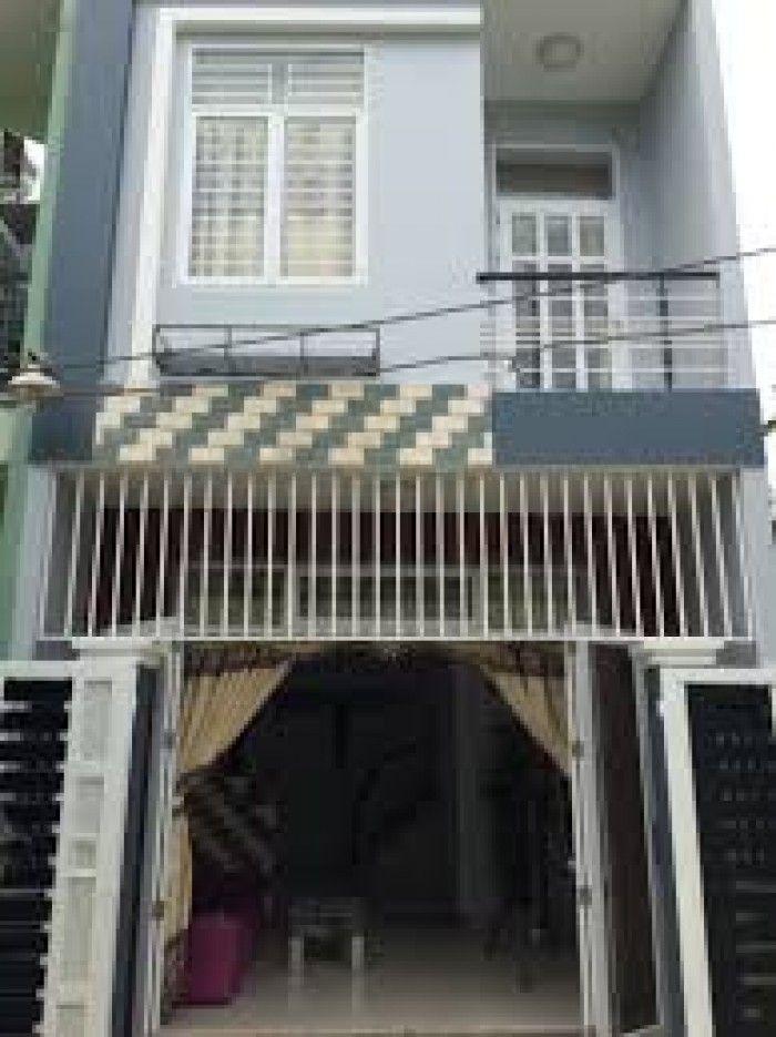 Gấp! Xuất cảnh bán nhà mặt tiền Đoàn Nguyễn Tuân, 135 m2