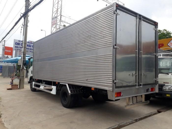 Xe tải 5 tấn ISUZU NQR75LE4 mới 2018 1