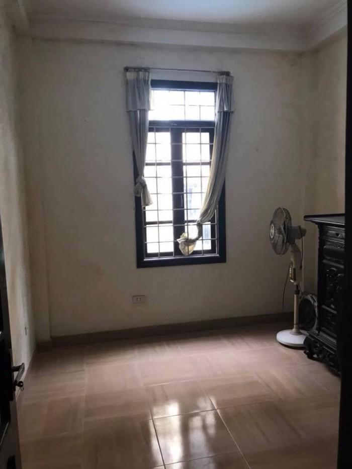 Bán nhà riêng tại Chùa Bộc DT 35m2,4 Tầng