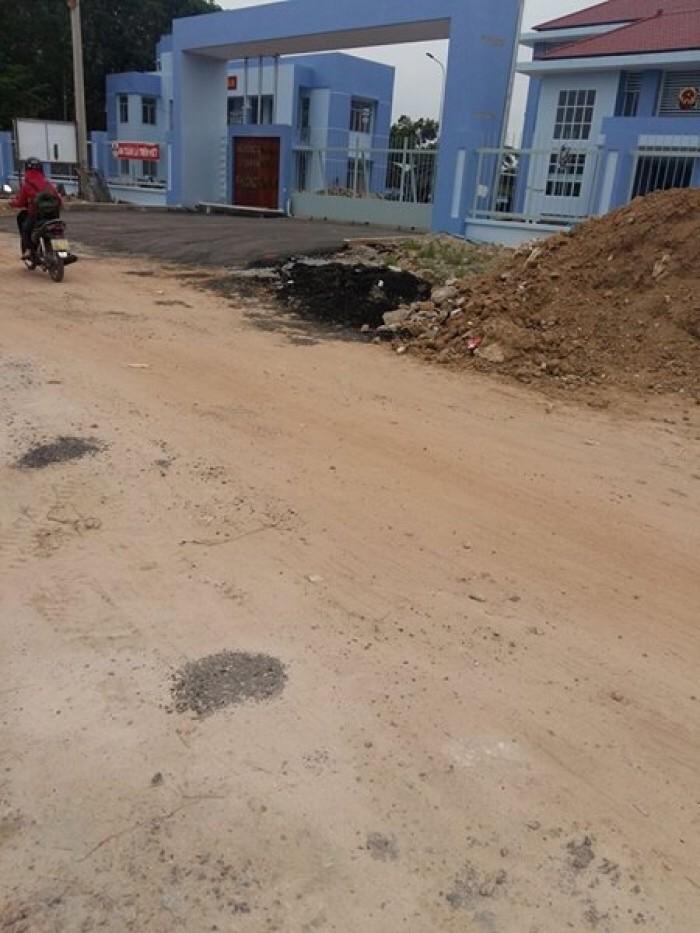 Bán gấp lô đất nền trả nợ ngân hàng có SHR ngay Mt Nguyễn Xiển - Quận 9