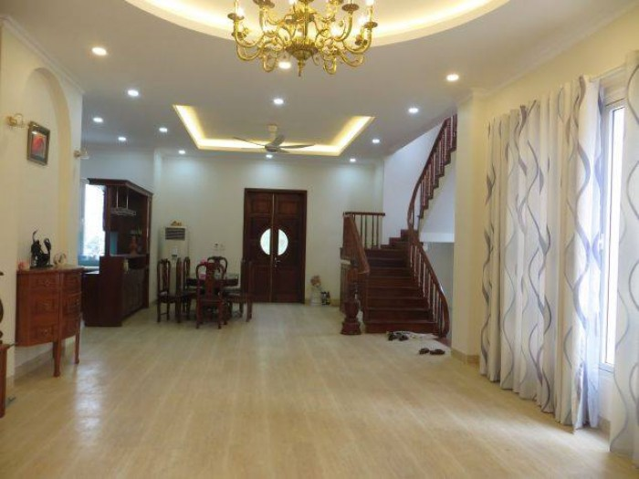 Độc quyền bán suất ngoại giao Nhà phố Long Biên rẻ nhất trị trường. 0981401955