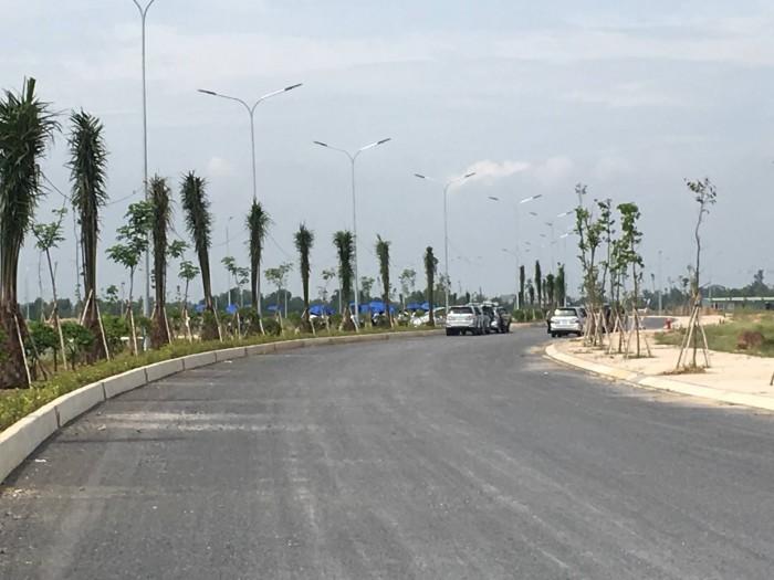 Bán đất mặt tiền chợ Đại Phước SHR