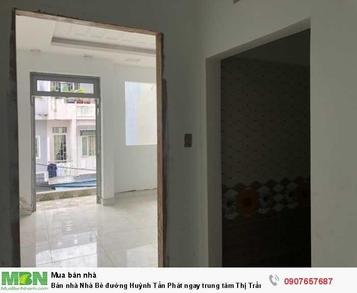 Bán nhà Nhà Bè đường Huỳnh Tấn Phát ngay trung tâm Thị Trấn Nhà Bè Tp Hồ Chí Minh.