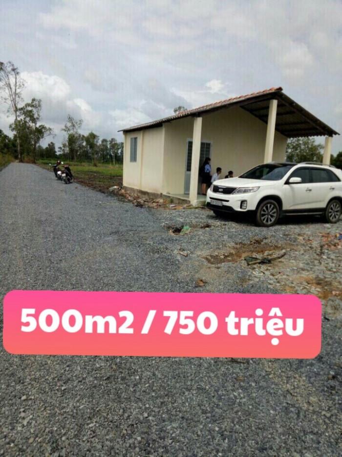 Bán đất 500m2 / 750 triệu Bến Lức Long An