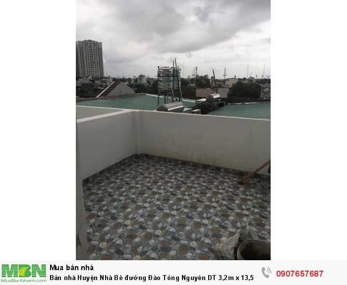 Bán nhà Huyện Nhà Bè đường Đào Tông Nguyên DT 3,2m x 13,5m, 3 lầu, 4 phòng ngủ, sân thượng