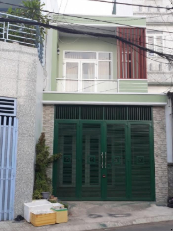 Bán gấp nhà 82m2, Tạ Quang Bửu, P5, Q8,