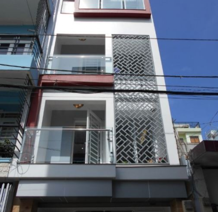 Gấp!! Thiếu vốn cần bán gấp nhà 58m2, đường Nguyễn Thiện Thuật, Q3