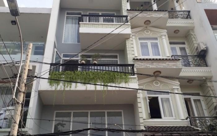 Tôi cần bán gấp nhà 4.5x15.5m, 3 lầu đường Trần Khánh Dư, Quận 1