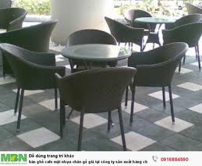 Bàn ghế cafe mặt nhựa chân gổ giá tại công ty sản xuất hàng chất lượng0