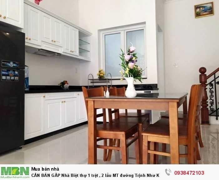 CẦN BÁN GẤP Nhà Biệt thự 1 trệt , 2 lầu MT đường Trịnh Như Khuê 8x15m, SHR
