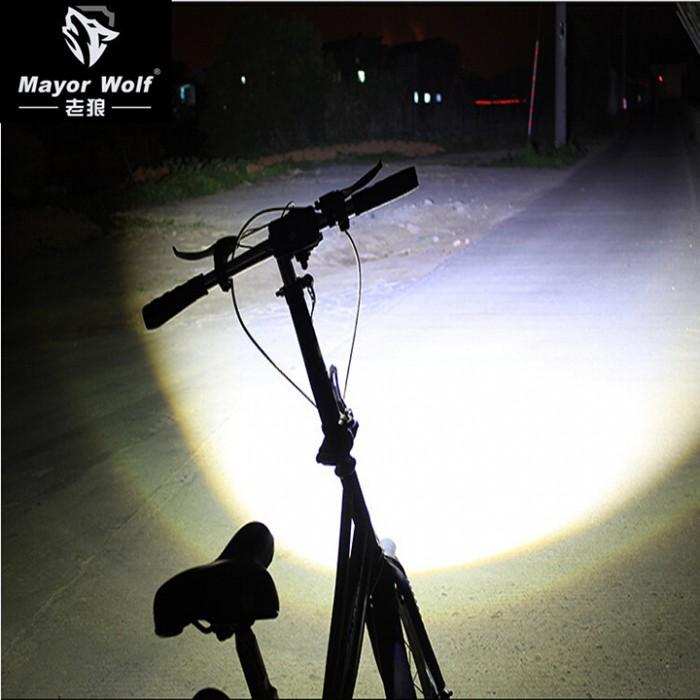 Đèn pin2