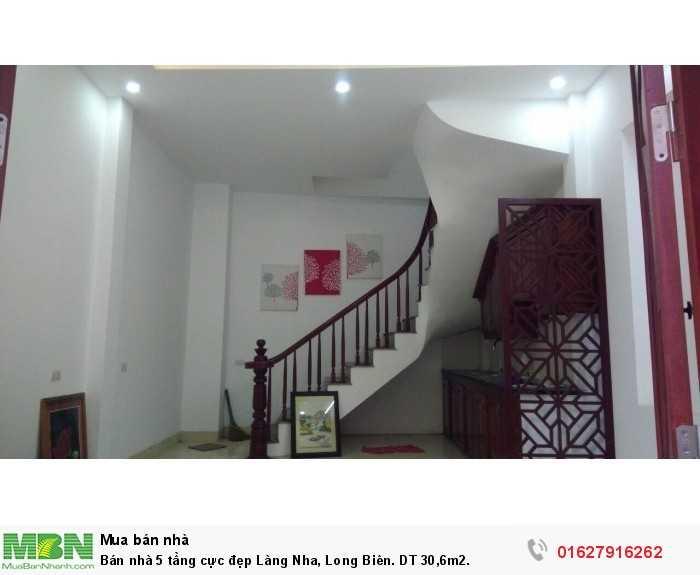 Bán nhà 5 tầng cực đẹp Làng Nha, Long Biên. DT 30,6m2.