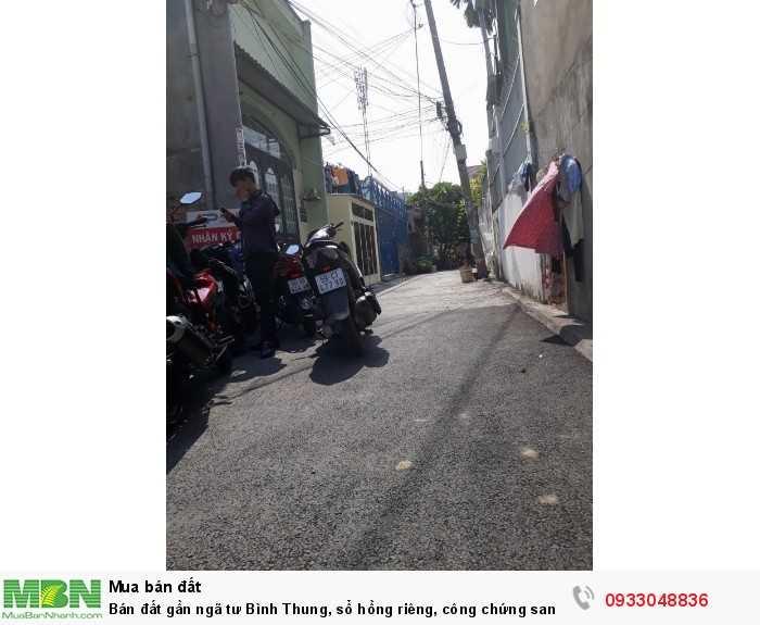 Bán đất gần ngã tư Bình Thung, sổ hồng riêng, công chứng sang tên ngay.