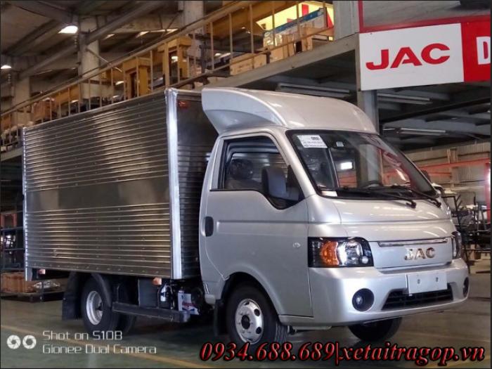 Xe tải jac X5 1,25 tấn thùng mui bạt | xe tai jac x5-1t25 thùng kín bán trả góp 90%
