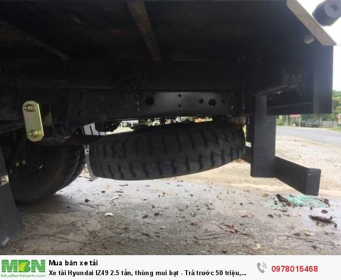 Khuyến mãi mua xe tải Hyundai IZ49 2.5 tấn, thùng mui bạt - giao xe trong 5 ngày làm việc. - Hotline: 0978015468 (24/24)