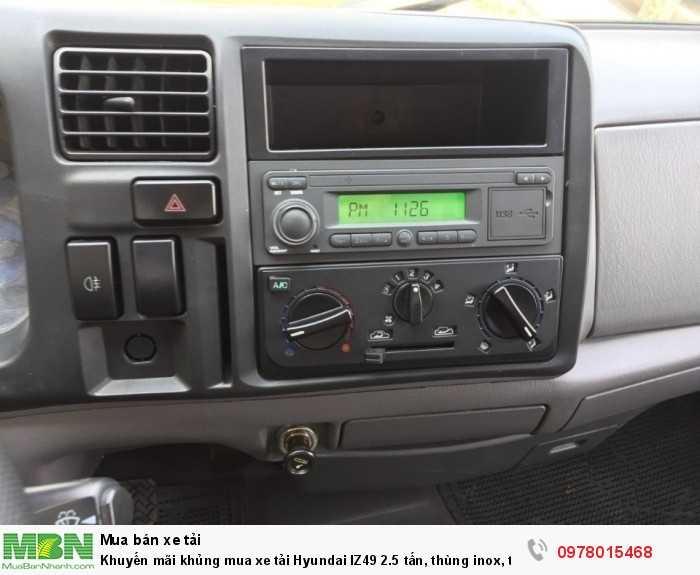 Mua xe tải Hyundai IZ49 2.5 tấn, thùng inox, trả trước 50 triệu, giao xe ngay - Hotline: 0978015468 (24/24)