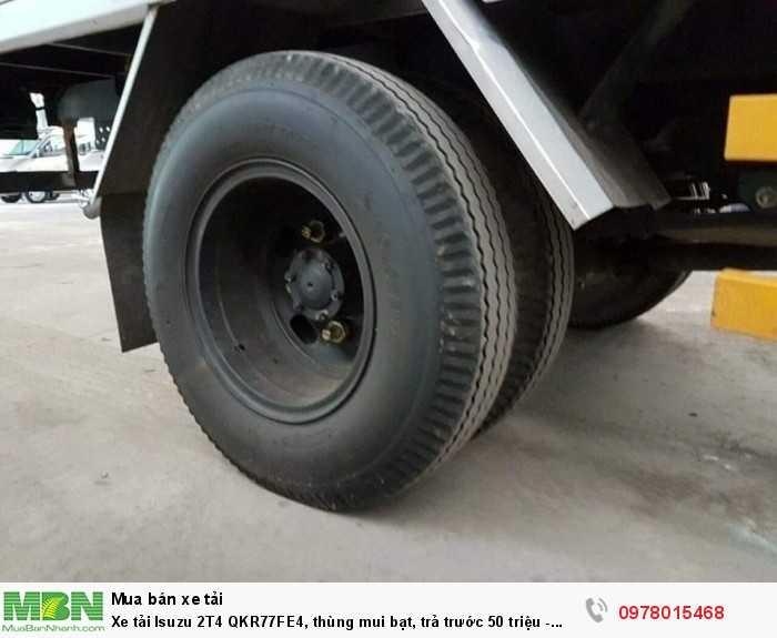 Xe tải Isuzu 2T4 QKR77FE4, thùng mui bạt, trả trước 50 triệu - GIAO XE NGAY 2