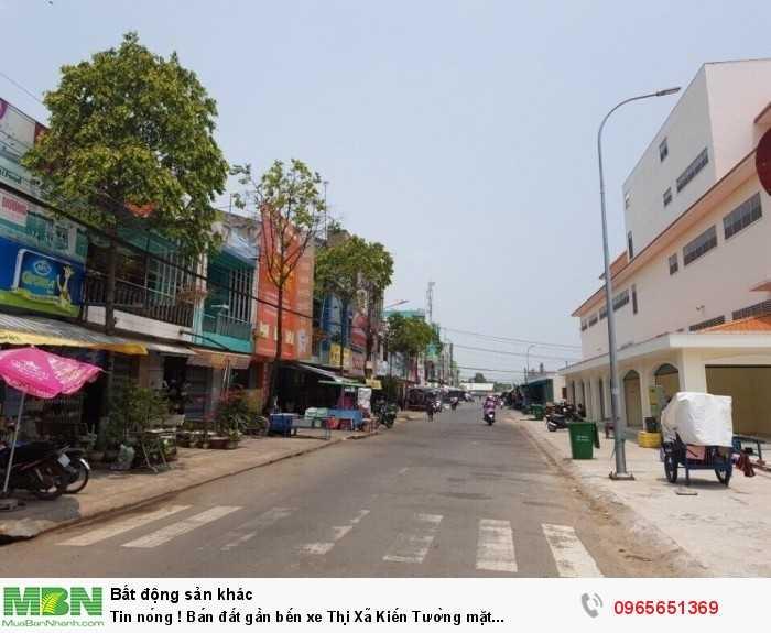 Tin nóng ! Bán đất gần bến xe Thị Xã Kiến Tường mặt tiền Quốc Lộ 62